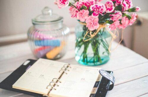 In ihrem Beruflichen Coaching hilft Anne Kathrin Frihs Coaches, Heilpraktikerinnen und Unternehmerinnen innere Grenzen ihres Erfolges abzubauen und den Weg frei zu machen für Selbstbewusstsein, Selbstwertschätzung und das Leben ihrer Berufung aus innerer Kraft und Freude heraus.